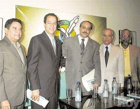 http://hoy.com.do/image/article/225/460x390/0/118E2D82-6B6F-47AA-9250-10AFFA15E217.jpeg