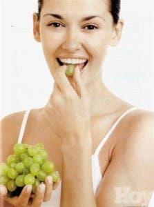 Ayuda para las mujeres en el corazón de la uva