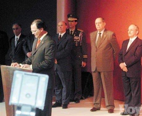 Los ejecutivos del Banco León esperan ser líderes servicios