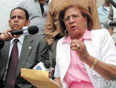Felipa Gómez denuncia asaltarán Casa Nacional PRD