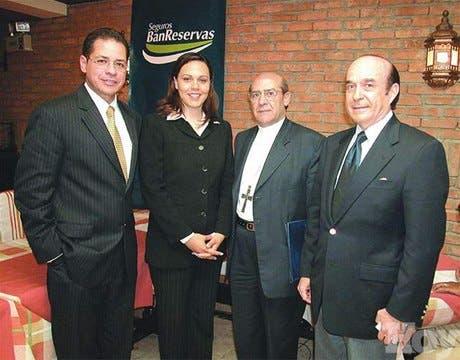 http://hoy.com.do/image/article/19/460x390/0/58405DAC-8682-4107-8B35-B7839EC02E22.jpeg