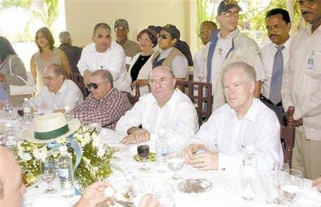 http://hoy.com.do/image/article/19/460x390/0/CBB7707B-A60F-4F0E-9A22-8A8208750838.jpeg