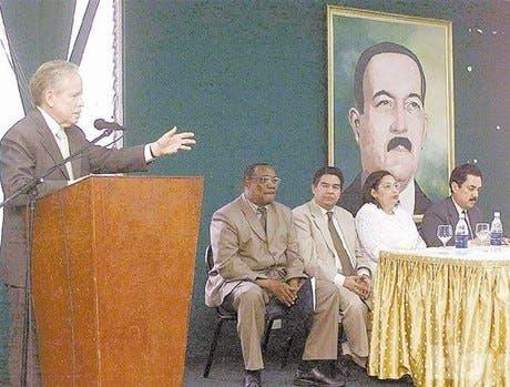 http://hoy.com.do/image/article/217/460x390/0/D162A9E1-3CA7-4334-B4C4-9DFF99B10DA5.jpeg