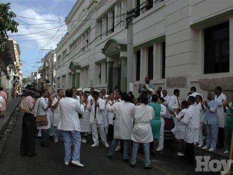 http://hoy.com.do/image/article/217/460x390/0/D56F32A4-86E4-4993-99E3-CAB7A610F266.jpeg