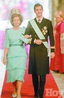Los trajes de boda  del Príncipe de Asturias y Letizia Ortiz