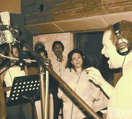 Presentan disco con colección de autores dominicanos