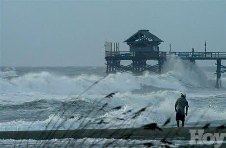 Florida se prepara a evacuar a un millón <BR>de personas por avance de Jeanne
