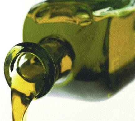 Estudio niega que aceite de pescado <BR>prevenga alteraciones cardíacas