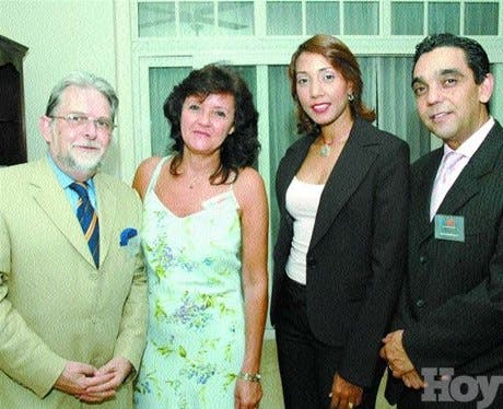 http://hoy.com.do/image/article/31/460x390/0/64BDB43B-DF0F-4232-B4BF-5F5D4C94FF77.jpeg