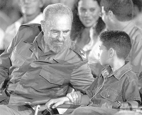 Líderes mundiales desean pronta <BR>recuperación de Fidel Castro