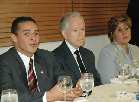 http://hoy.com.do/image/article/35/460x390/0/24ED5511-BC7D-4AC4-AEFC-5B109027FD78.jpeg