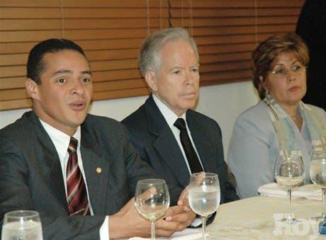 http://hoy.com.do/image/article/281/460x390/0/D5934379-DBEB-4179-9CFA-4AE0891AC417.jpeg