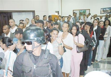 Tumulto en la Suprema tras lectura de veredicto Quirino