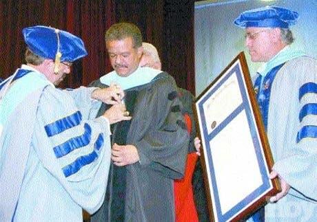 Leonel Fernández, Honoris Causa de la Universidad Nova Southeastern