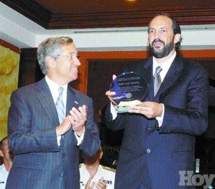 http://hoy.com.do/image/article/50/460x390/0/57D038A9-84F4-4188-AA02-76BF81699A1E.jpeg