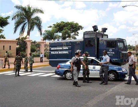 http://hoy.com.do/image/article/204/460x390/0/A2B35817-7C9F-4642-98C2-DFD43CBAAFE2.jpeg