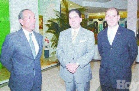 http://hoy.com.do/image/article/204/460x390/0/15CF0F5C-27A5-4C82-BB6E-F5B3C277640B.jpeg