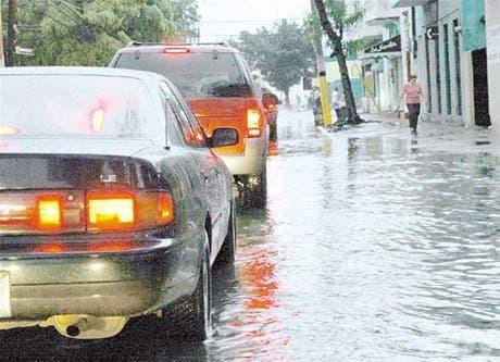 Alertan posibles inundaciones