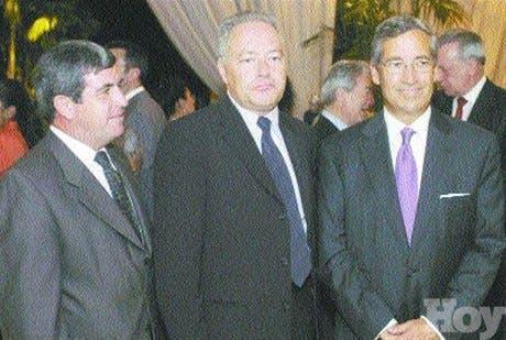 http://hoy.com.do/image/article/204/460x390/0/8F52BB59-FF74-451A-A05B-E746EB099AE8.jpeg