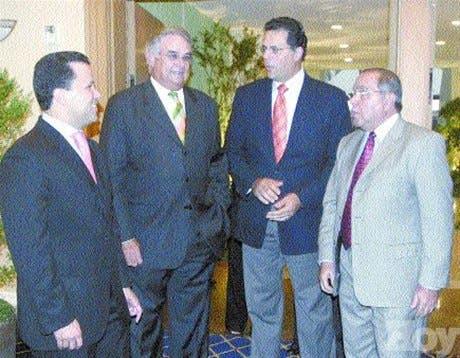 http://hoy.com.do/image/article/58/460x390/0/FBD5B2E2-B8DB-45EB-80A6-0012CDC41569.jpeg