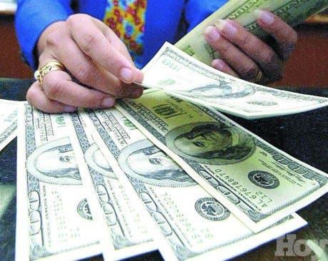 El líder del mercado de remesas enfrenta dura competencia