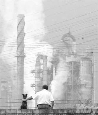 Venezuela presiona OPEP para reducir producción