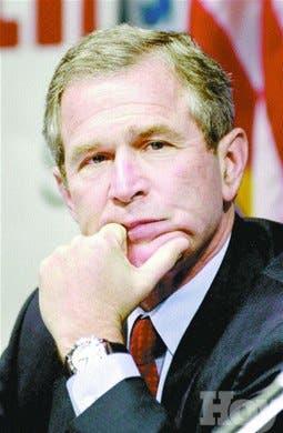 Bush cancela depósitos reserva estratégica para paliar alza crudo