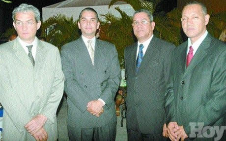 http://hoy.com.do/image/article/106/460x390/0/1DC9096B-24DA-4845-90E8-7204842BEE9C.jpeg