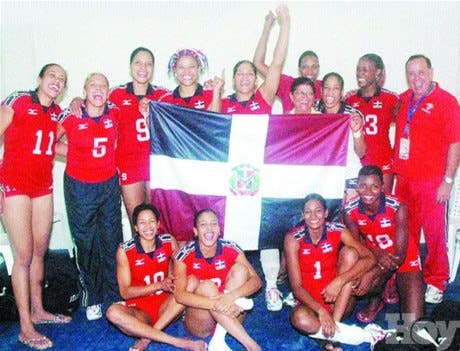 ¡Oro en voleibol! <BR><STRONG>República Dominicana venció en tres sets a Cuba</STRONG>