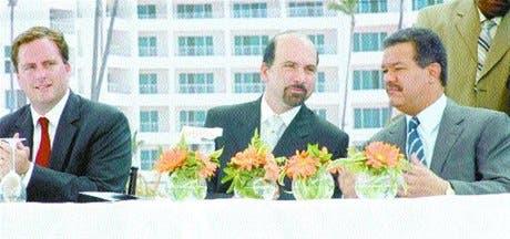 http://hoy.com.do/image/article/106/460x390/0/2D7189DC-F4B5-4F2A-9B66-FB31E7D5C035.jpeg