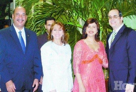 http://hoy.com.do/image/article/198/460x390/0/42A23F1C-D542-4AEF-802F-EDC48DFA65CF.jpeg
