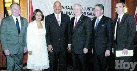 http://hoy.com.do/image/article/236/460x390/0/51931E15-F6F7-4429-8193-4912C400CC9B.jpeg