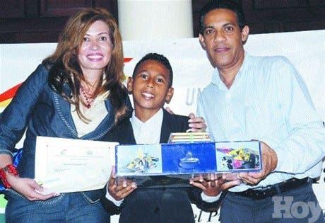 http://hoy.com.do/image/article/185/460x390/0/B6F5833F-503B-4B06-8D28-17B762E97ABB.jpeg