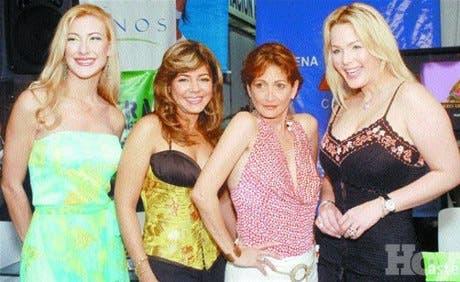 """""""Mujeres en 4 posiciones"""" al Domínico-Americano"""