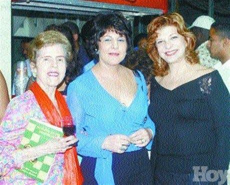<P>Primera dama ofrece cena a sus <BR>homólogas centroamericanas</P>