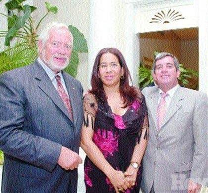 http://hoy.com.do/image/article/330/460x390/0/0921A186-09F6-4C19-8B6A-D06D56D7E899.jpeg