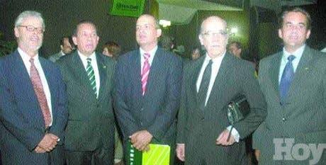 http://hoy.com.do/image/article/333/460x390/0/131FBCAD-BFCB-4137-AD3A-5CA9FAD97473.jpeg