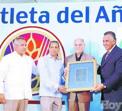 http://hoy.com.do/image/article/329/460x390/0/382AA9A1-D60D-403F-B479-EDD1D37500A8.jpeg