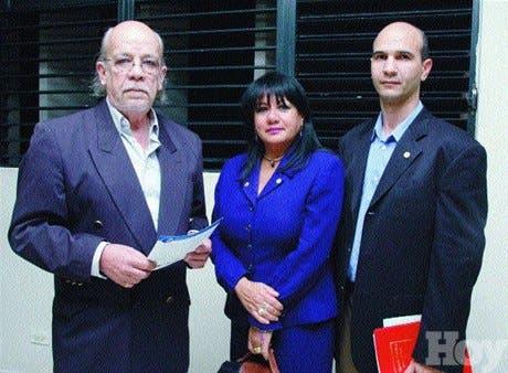http://hoy.com.do/image/article/331/460x390/0/61581C7B-0B32-45DF-B9B5-1FB0A6DBBDF0.jpeg
