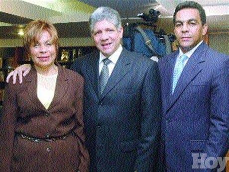 http://hoy.com.do/image/article/330/460x390/0/AE6B775A-8193-4B4B-B913-8DEA6F10EA23.jpeg