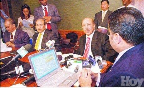 http://hoy.com.do/image/article/331/460x390/0/B934D641-A212-4D18-8F97-2B69AE7AE72E.jpeg