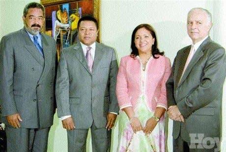 http://hoy.com.do/image/article/330/460x390/0/F21E1FB5-09B9-4547-A761-B7B3AE9C4C38.jpeg