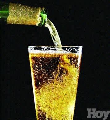 <p>El alcoholismo afecta al<br />cinco % de la población cubana</p>