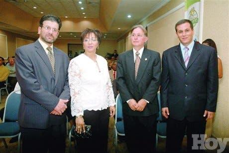 http://hoy.com.do/image/article/302/460x390/0/5D4A8FBE-71CF-4CC5-9587-5C86D464759E.jpeg