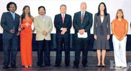 http://hoy.com.do/image/article/301/460x390/0/C662E4CC-BBDA-403C-BAC5-8732F9426A4B.jpeg