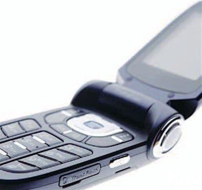 Prohibirán uso de celulares a menores de dieciséis años