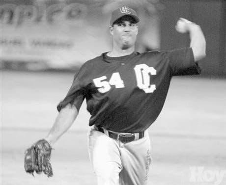 Lesiones afectan a los Toros; Gigantes<BR>despiden al pitcher Raúl Valdez