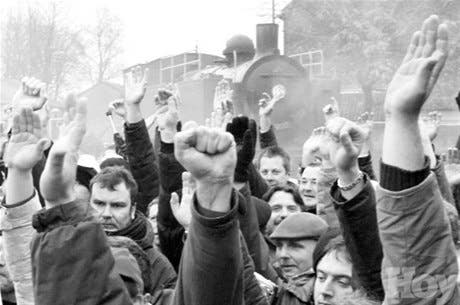 Inician diálogo huelga Francia
