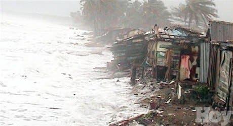 Lluvias tormenta Olga dañaron casas, vías