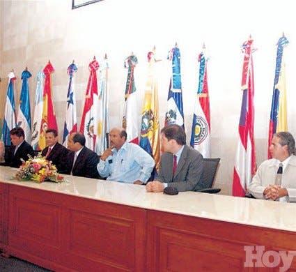 http://hoy.com.do/image/article/135/460x390/0/18894A8F-9698-47FC-B0D6-C890DEE11137.jpeg